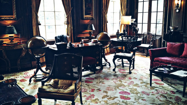 room of antiques